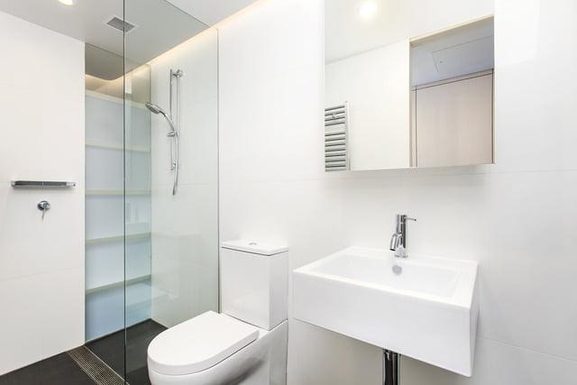 uploads1564451060205-43usebuhvag-0986ed156bb45346ff01ad905cdcaf31Orin-Bathroom